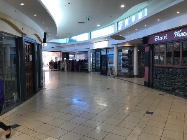 Shop 22 121 Mooloolaba Esp 2